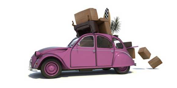 Domainumzug Visualisierung überladenes Auto beim Umzug